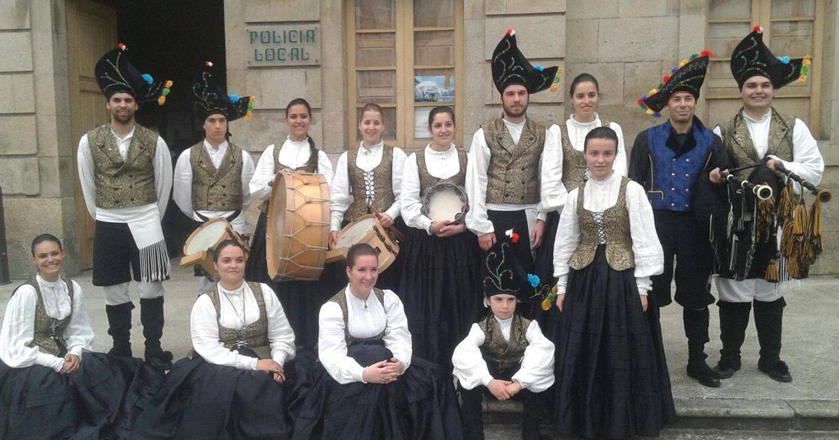 Grupo folclórico Laxes de Paramos